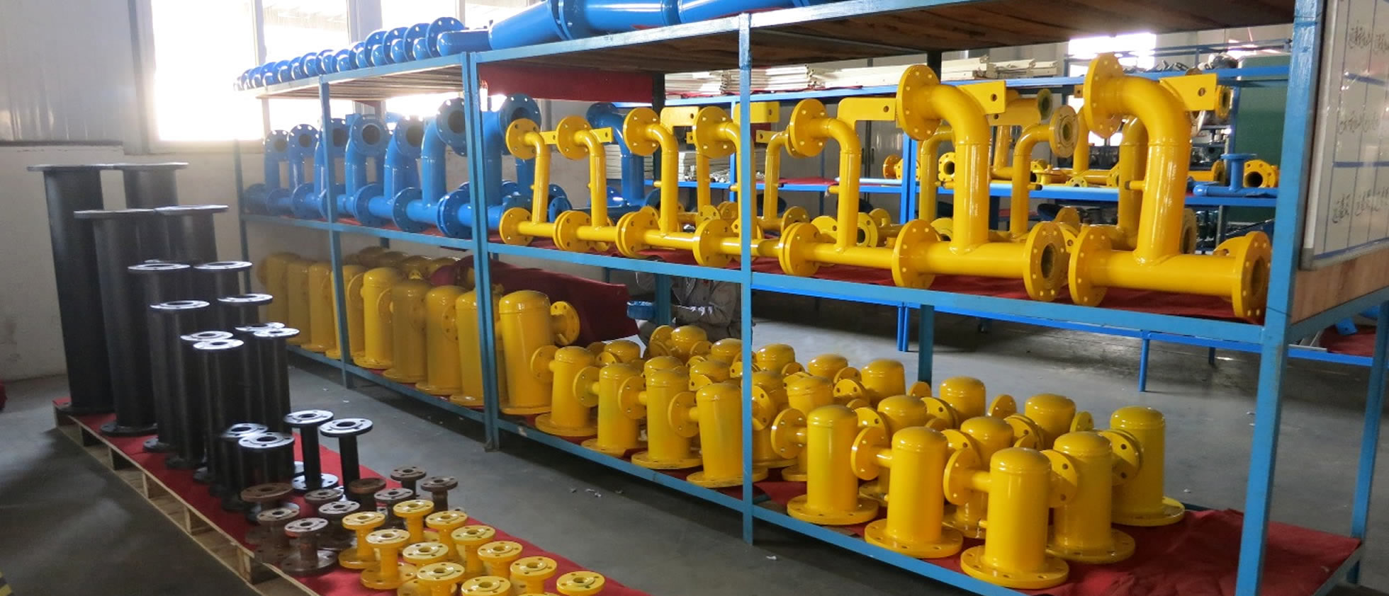There are many accessories of gas regulator box in the warehouse.